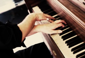 David O's hands playing piano